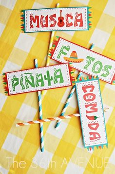 FIESTA FUNDRAISER: 5 de Mayo Free Printable Party Kit by the36thavenue.com ...Have a fiesta!