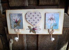 Retazos de Madera: marzo 2012                                                                                                                                                      Más Decoupage Box, Decoupage Vintage, Diy And Crafts, Arts And Crafts, Paper Crafts, Diy Y Manualidades, Wooden Shapes, Tole Painting, Scrapbook Supplies