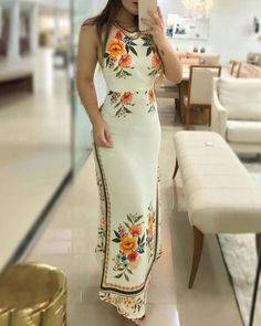 When Halter Floral Print Maxi Dress Becomes A Wardrobe (Must to Have) Office Outfits Women, Floral Print Maxi Dress, Pattern Fashion, Floral Prints, Fashion Dresses, Summer Dresses, Mini Dresses, Clothes For Women, Office Chic