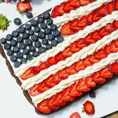 Brownie Flag - Flag Brownies make a patriotic dessert for the of July.Brownie Flag - Flag Brownies make a patriotic dessert for the of July. Patriotic Desserts, Blue Desserts, 4th Of July Desserts, Fourth Of July Food, 4th Of July Party, July 4th, Chocolate Desserts, 4th Of July Cake, Patriotic Party