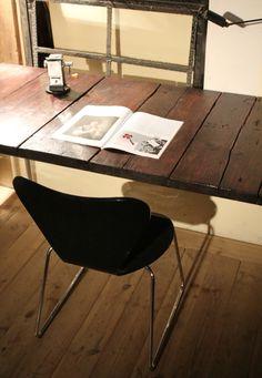Rustikaler Schreibtisch rustic wood meets chrome office table rustikale bootssteg