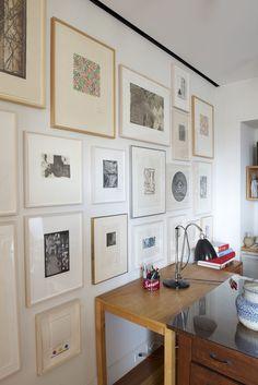 Loft minimalista abriga quadros e livros (Foto: Jane Beiles/The New York Times)