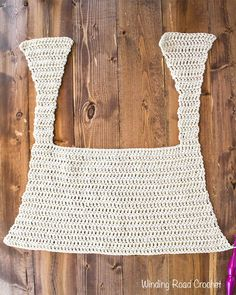 The Goldenrod summer crochet tank top is a fun free crochet pattern that is designed to flatter most body types. The top is made with mostly double crochet. This crochet top is loose fitting and nice and airy. Crochet Tank Tops, Crochet Cape, Crochet Summer Tops, Crochet Shirt, Crochet Motif, Crochet Designs, Easy Crochet, Free Crochet, Crochet Patterns