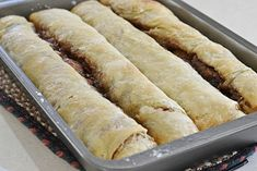 Grandma's Gooey Cinnamon Rolls (made with pie dough) Cinnamon Recipes, Cinnamon Bread, Homemade Cinnamon Rolls, Cinnamon Chips, Homemade Breads, Brunch Recipes, Sweet Recipes, Breakfast Recipes, Dessert Recipes