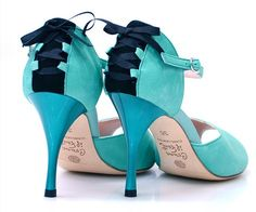 Sexy turquoise you will not be able to resist to!!!  #commeilfaut #tangoshoes…