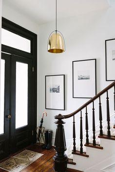 brownstone entryway design ideas with turkish rug