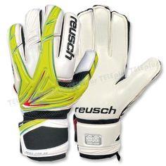 Reusch Keon Pro Sg Plus Kaleci Eldiveni - Kaleci eldiveni denince akla gelen ilk marka. Reusch  kaleci eldivenleri.  Top kontrolünü artırmak için avuç içlerinde latech kullanılmıştır.  Latech maddesi tamamı suni lateks veya suni ve doğal lateksin karışımı olarak imal edilir - Price : TL94.00. Buy now at http://www.teleplus.com.tr/index.php/reusch-keon-pro-sg-plus-kaleci-eldiveni.html