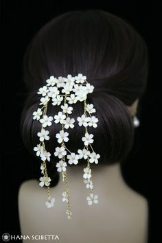 Fluttering Cherry Blossom Hair Pin - Hana Scibetta