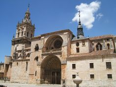 La catedral de El Burgo de Osma (Soria, España) es un edificio de estilo gótico que sustituyó a otro anterior románico. Comenzada su construcción en 1232, muestra también otros aportes estilísticos, concluyendo con el neoclásico (1784). Como otras muchas catedrales españolas del siglo XIII, fue dedicada a la Asunción de la Virgen. Es el principal monumento de la localidad de El Burgo de Osma.