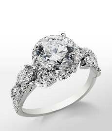 Rings http://pinterest.com/shallmao/fashion-jewelry-shows/