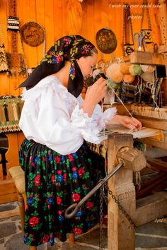 Visit Romania, Carpathian Mountains, Magic Women, City People, Romance, Historical Costume, Eastern Europe, Hand Weaving, Folk