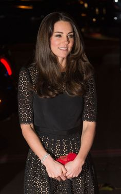 Kate Middleton attends leaving party of Sir Marcus Setchell, the royal doctor who delivered Prince George - Photo 1 | Celebrity news in hellomagazine.com