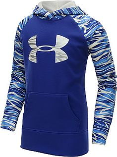 Athletic with a great pop of color and pattern for Girls! #GiftOfSport