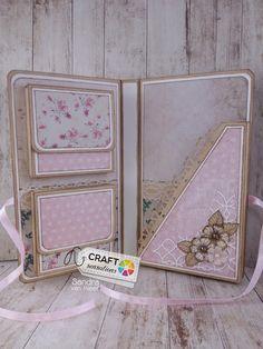 Craft Sensations: cadeau kaart Mini Scrapbook Albums, Baby Scrapbook, Scrapbook Cards, Baby Mini Album, Memory Album, Mini Albums Scrap, Mini Album Tutorial, Card Making Tutorials, Fancy Fold Cards