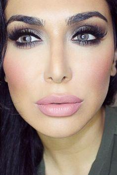 Huda kattan America/dubai Make up artist