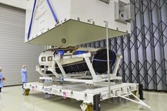 http://www.esa.int/spaceinimages/Images/2014/07/Unboxing_IXV