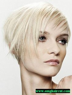Extraordinary Messy hairstyles with hat,Asymmetrical hairstyles wedding and Wedge hairstyles stacked. Haircuts For Thin Fine Hair, Short Hairstyles Fine, Hairstyles With Glasses, Wedge Hairstyles, Asymmetrical Hairstyles, Sleek Hairstyles, Short Hair Cuts, Bouffant Hairstyles, Beehive Hairstyle