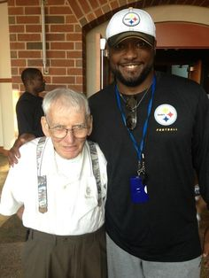 PITTSBURGH STEELERS~Mr. Rooney getting ready to greet players @ training camp 2013