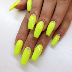 crazy cute neon coffin shaped nails! #nails #neon #coffin #shape
