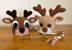 Deer / Elk Crochet Hat Pattern / Simply 2 Irresistible: Crochet Hat Patterns & More! Crochet Christmas Hats, Crochet Kids Hats, Crochet Beanie Hat, Holiday Crochet, Crochet Deer, Cute Crochet, Knit Crochet, Crochet Character Hats, Reindeer Hat