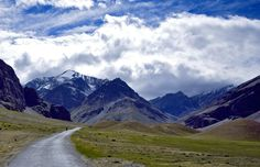Road trip to Ladakh with Mountain view