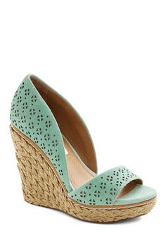 Main Street Meander Wedge in Mint. Today, your vacation takes you to a sweet seaside town, which youre ready to explore in these mint wedges! Crazy Shoes, Me Too Shoes, Mint Wedges, Shoe Boots, Shoes Sandals, Leather Wedge Sandals, Mode Shoes, Vintage Heels, Retro Vintage