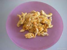 Pollo con i peperoni. Scopri la ricetta: http://www.misya.info/2009/05/02/pollo-con-i-peperoni.htm