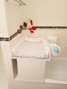 Wickelaufsatz für die Badewanne - IKEA Hack - around about family - Familienblog