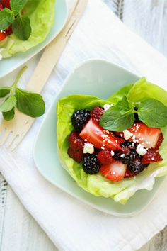 Balsamic Berry Salad Lettuce Cups