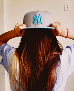 swag girls,swagg girl,girls with swag,swag notes tumblr,swag quotes,swag wallpaper,quotes about boys: Snapback Swagg Girls 2012