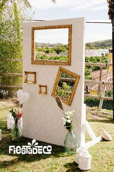 espace « Photobooth » * idée animation mariage  Photo booth.... Photocall.... #fotos # bodas www.fiestadeco.com