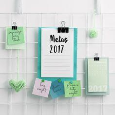 Esse ano dividi minhas metas em 5 pilares de organização da vida. Ficou mais fácil de alcançá-las! Hoje no blog eu detalhei melhor passem lá pra conferir!  (link no perfil) ou acesse comprandomeuape.com.br