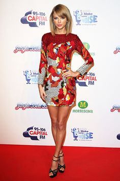 Taylor Swift - 2014 Jingle Bell Ball Red Carpet