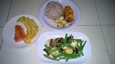 Menu sahur hari ke 5 nasi beras merah, telur puyuh & udang asam manis, tumis buncis tofu jamur champignon