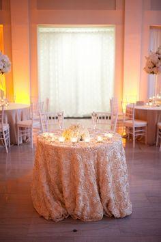 glam sweetheart table | Stephanie A Smith Photography | Glamour & Grace