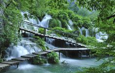 Plitvice Lakes National Park is an 8km string of sixteen crystal-clear, turquoise lakes and therefore Croatia's most enticing natural attraction. #Travel #Croatia #Waterfall