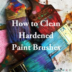 Discover our best advice for cleaning paint brushes with dried paint. Learn how to clean hardened paint brushes with rubbing alcohol or other methods. How To Wash Makeup Brushes, Cleaning Paint Brushes, Make Up Palette, Diy Cleaning Products, Cleaning Hacks, Household Products, Cleaning Checklist, Brush Lettering Worksheet, Real Techniques Brushes