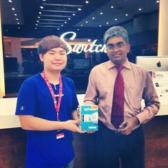 Customer getting Sphero, the robot ball at Switch Aeon Bukit Indah, Johor Bharu, Johor, Malaysia. Thank you Dr Yoga!