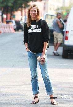 Karlie Kloss Shows Love to Cindy Crawford in NYC