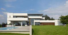 El uso de materiales, esta buenisimo! Casa Oberen Berg / Alexander Brenner