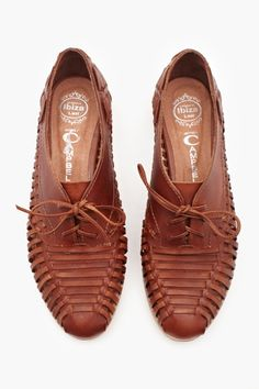 oxfords Seguici diventa nostra fan ed entrerai nel mondo fantastico del Glamour !!! Shoe shoes scarpe bags bag borse fashion chic luxury street style moda donna moda uomo wedding planner hair man Hair woman outfit