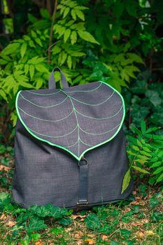Dunkles grau Blatt böhmischen Rucksack Frauen von LeaflingBags