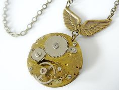 Vintage winged wonder - Steampunk inspired watch movement - Timeless Relic
