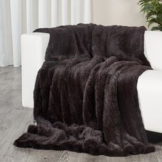 b1364c3424 The Brown double sided knit rex rabbit fur blanket is made from 100%  Natural rex