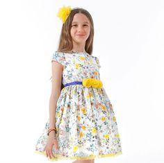 ROCHIE FETE CU FLORI GALBENE Girls Dresses, Summer Dresses, Special Occasion, Fashion, Tulle, Dresses Of Girls, Moda, Summer Sundresses, Fashion Styles