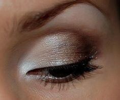white,silver,gold,brown faded eyeshadow