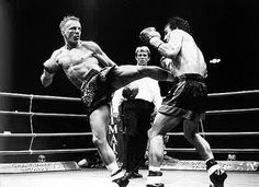 """Ramon Dekkers """"The Diamond"""" first foreigner (Holland) fought and won under Thai rules against Thai champions Tyler Durden, Muay Thai Boran, Art Of Fighting, Combat Sport, Martial Artists, Fight Club, Mixed Martial Arts, Judo, Kickboxing"""