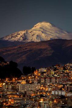 Quito maravilloso a las faldas del imponente Cayambe!