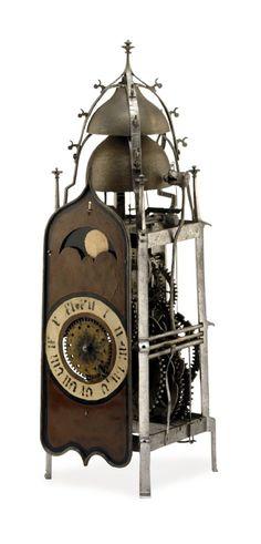The Rx (speciesbarocus: Gothic domestic iron clock (~ XVI...)