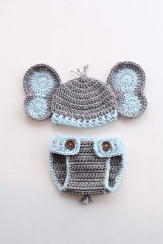 Elephant Hat and Diaper Cover for Boy or Girl : Elephant Set is one of the cutest and most popular patterns. Can be done for a boy or girl newborn to 12 months! Crochet Baby Hats Free Pattern, Crochet Baby Boy Hat, Newborn Crochet Patterns, Crochet Hats For Boys, Crochet Baby Clothes, Baby Girl Hats, Hat Crochet, Free Crochet, Newborn Boy Hats
